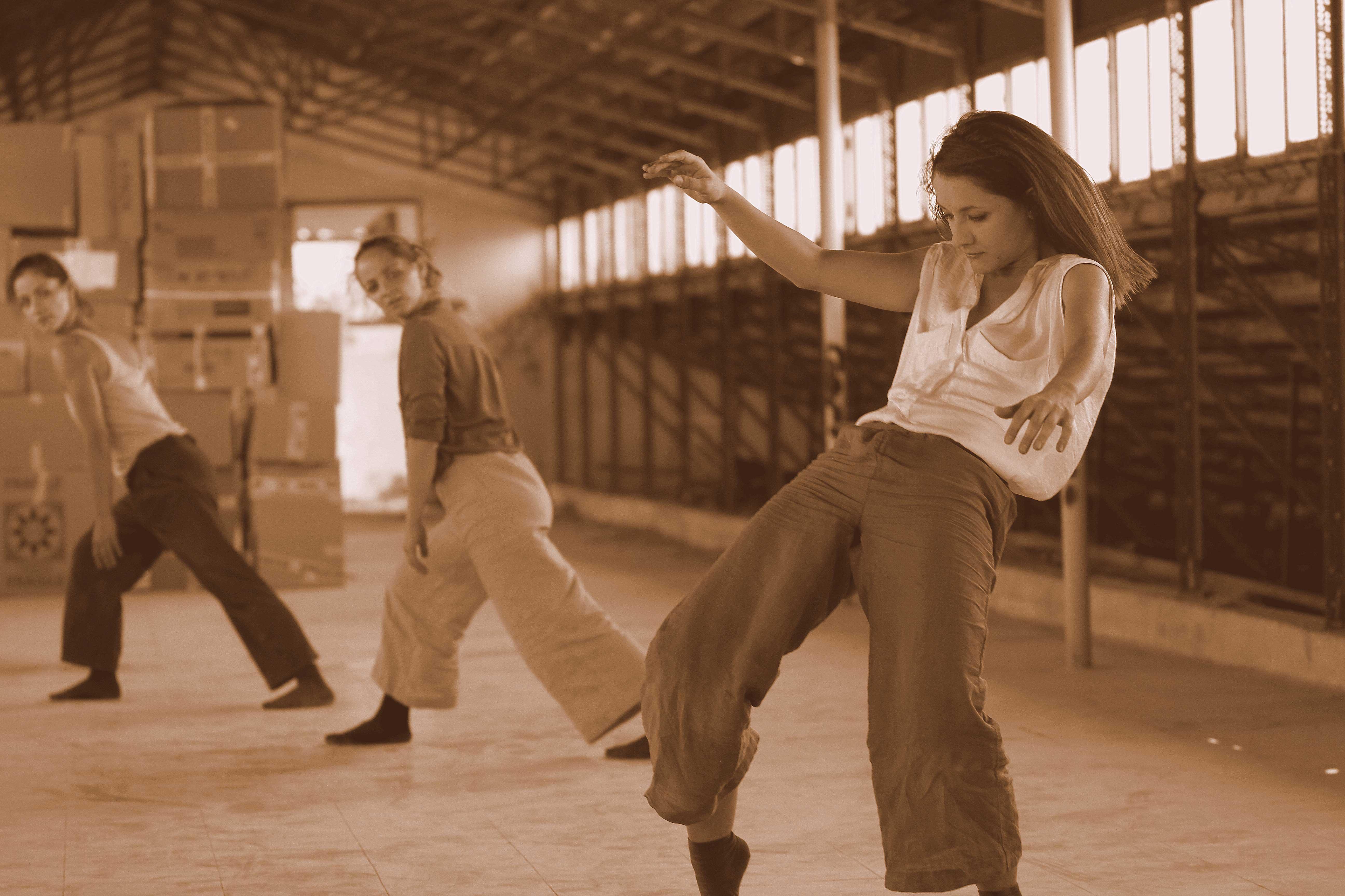 © krama dance company